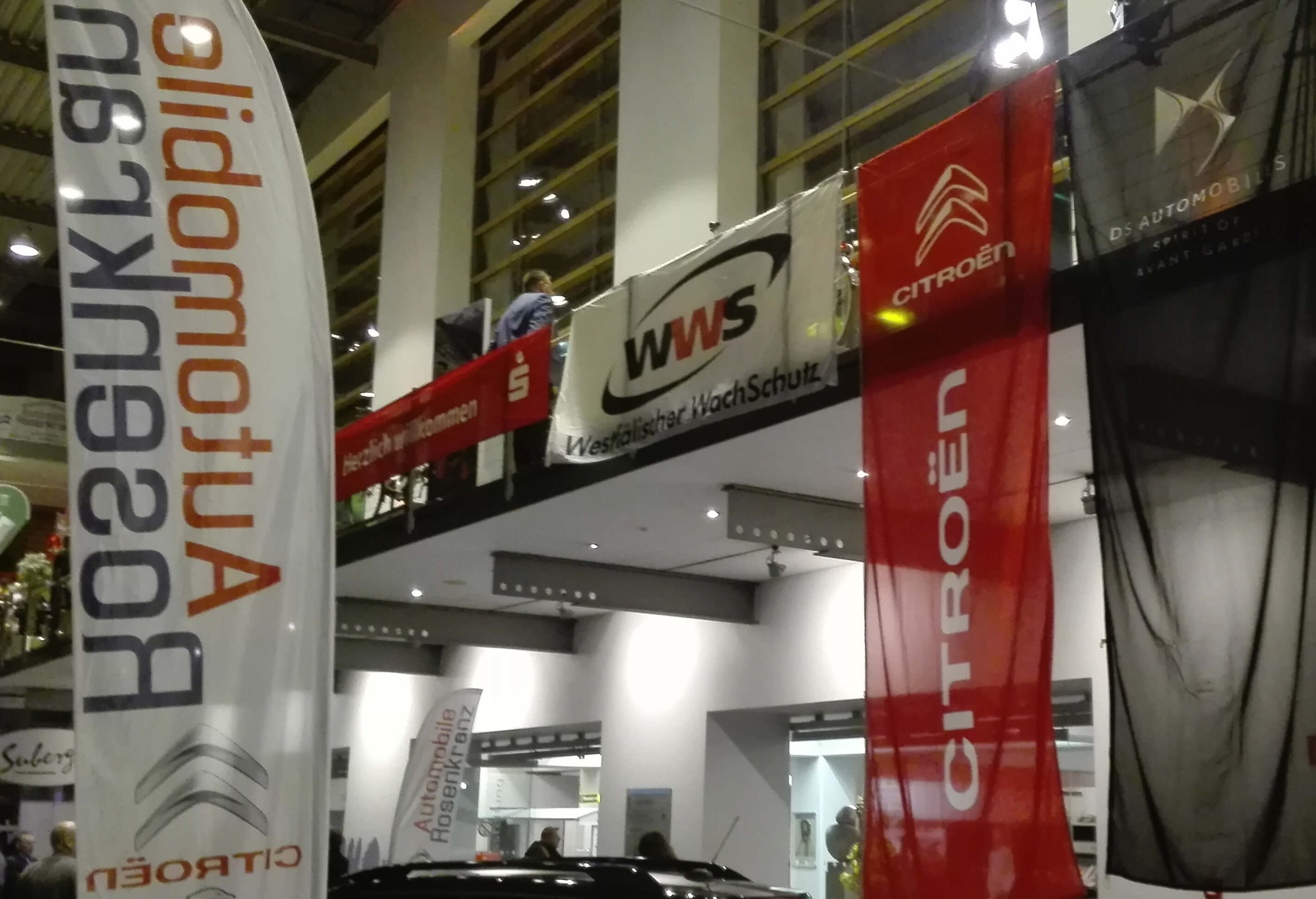 WWS Banner in der Halle