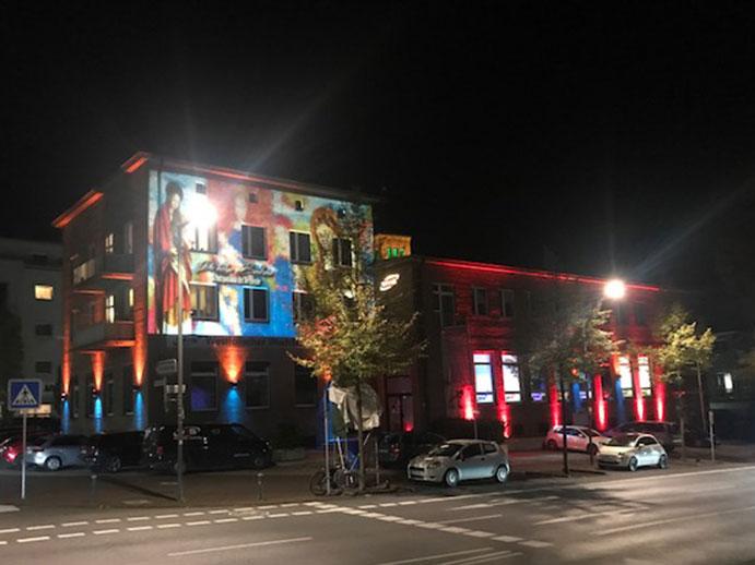 Das WWS-Gebäude macht mit bei Recklinghausen leuchtet.